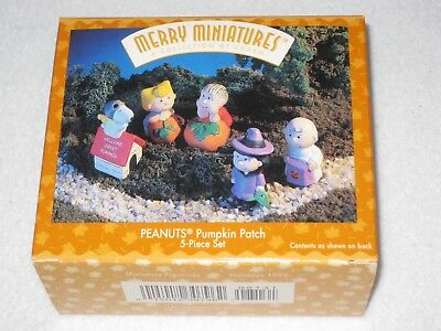Peanuts Pumpkin Patch Merry Miniatures Hallmark A Collection Of Charm 5 Pieces