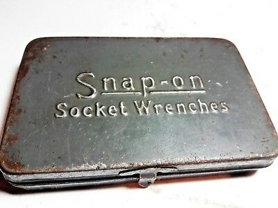 """Old Vintage Snap On Tools Socket Wrench Metal Box & 1/4"""" Drive Sockets"""