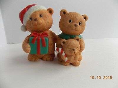 NIB Avon Holiday Hugs Porcelain Bear Figurine Set Fine Collectible from 1990 VTG