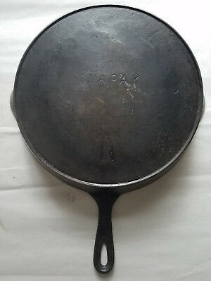 Vtg Wapak # No 11 Cast Iron Skillet Pan Heat Ring HTF Rare Antique USA Arch Logo