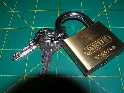 ABUS  65/40 40mm Padlock Hardened Shackle with 2x Keys  NEW old stock
