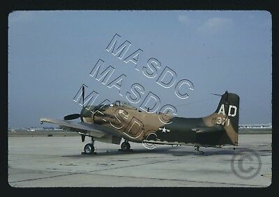 "35mm Kodachrome Aircraft Slide - A-1H Skyraider 52-135371 ""AD"" 1st SOW - Sep '70"