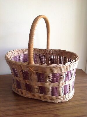 RETRO COLLECTABLE VINTAGE WICKER BASKET 1950's Thebarton VGC SHOPPING PROP
