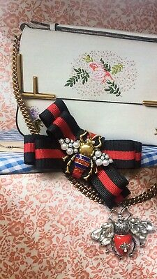 099e60bd GUCCI INSPIRED BROOCH Black/Red Ribbon With Red Bee