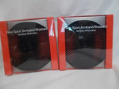 PAIR  OF  NIKE  SPORT  ARMBAND/BRASSARD  for / pour  IPOD  NANO   ADULT  1-SIZE