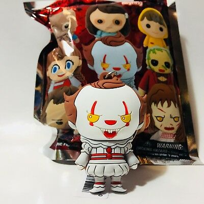 Horror Properties Series 3 PENNYWISE IT 3D Collectible Figural Keychain