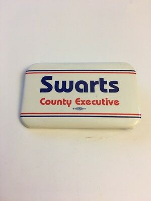 """1983 """"Swartz County Executive"""" 2 3/4"""" by 1 /34"""" Erie County NY Political Pin"""
