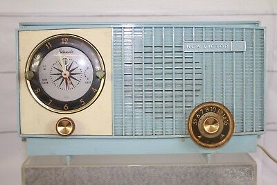 Vintage RCA Victor Dial Tube Radio Model 1-RD-32