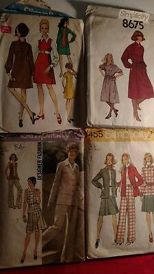 Lot of Simplicity.vintage sewing patterns in size 12..