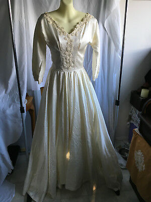 Stunning Vintage Wedding Dress Gown Cream Satin Fabric Small size long train