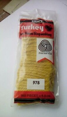 Precut Turkey rug making yarn 100% Wool 160 pieces light  Gold col code 978
