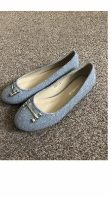 Grey Flats Size 4 Wide