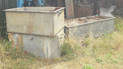 Large Galvanised Riveted Water Trough/Planter