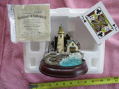 2000 Thomas Kinkade A Light In The Storm Lighted Lighthouse