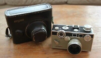"Vintage Argus ""Brick"" C3 35mm Film Camera With Leather Carrying Case"