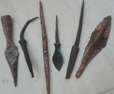 ANCIENT BRONZE ROMAN / MEDIEVAL APPLICATION iron arrow head hook lot collectible