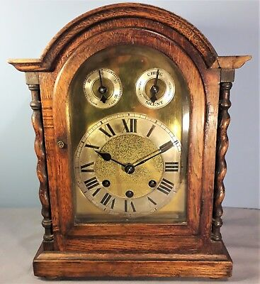 Antique Oak Cased Westminster Chiming Bracket Mantel Clock