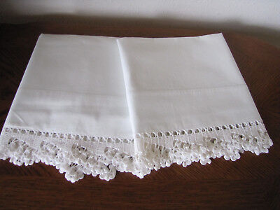 Vintage Pair Of Pillowcases All White & Fancy White Crocheted Trim Exquisite