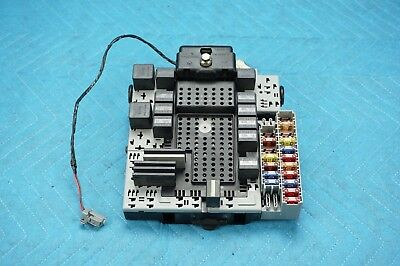 2004 VOLVO XC90 2.9 T6 AWD Rear Electronic Module Relay Fuse ... on