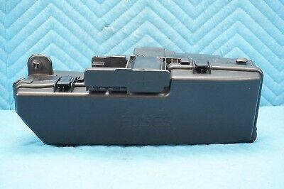 Volvo XC90 2.9 T6 AWD Front Engine Bay Fuse Relay Junction Box 2003-2006 OEM