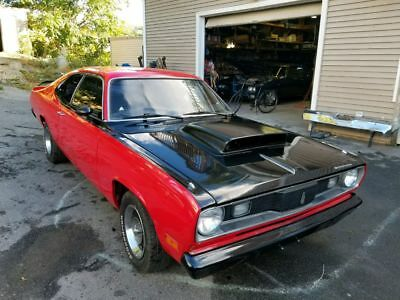 1970 Plymouth Duster  Plymouth screaming duster