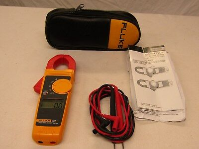 Fluke 323 True-rms Clamp Meter 400A AC, 600V AC/DC w/ Carry Case & Test Leads
