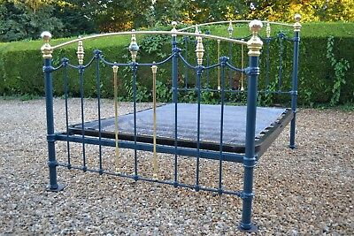 Lovely Antique Victorian 5ft King size Brass & Iron Bedstead & sprung bed base