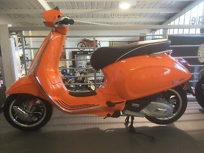 Vespa 125cc Sprint Brand new unregistered last one remaining
