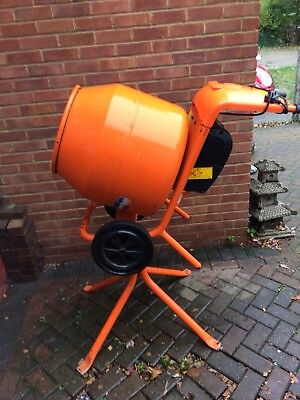 Belle Minimix 150 Electric 240v Cement Mixer With Stand Excellent Condition