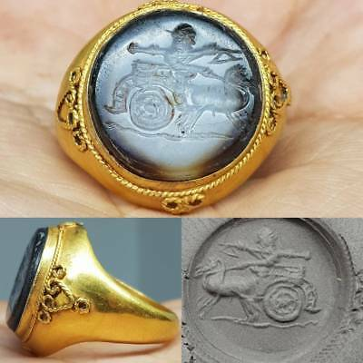 Ancient Roman King with 2 Horses Agate Stone 22k karat Gold Ring Rare     # 5E