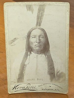 NATIVE AMERICAN SIOUX INDIAN CHIEF White Bull CABINET CARD PHOTO 1891 Custer CDV