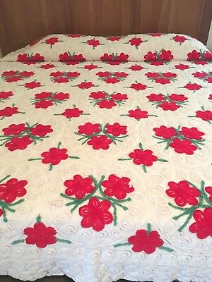 Vintage Chenille Bedspread ~ Beautiful Red Flowers/Curly-Q's