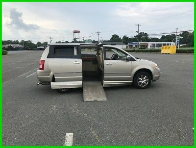 2008 Chrysler Town & Country Limited VAN WHEELCHAIR HANDICAP TRANSFER SEAT 2008 Limited Used 4L V6 24V Automatic FWD