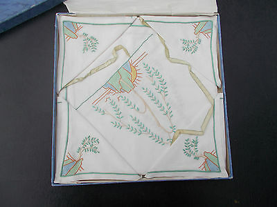 Beautiful handpainted table linen set boxed immaculate