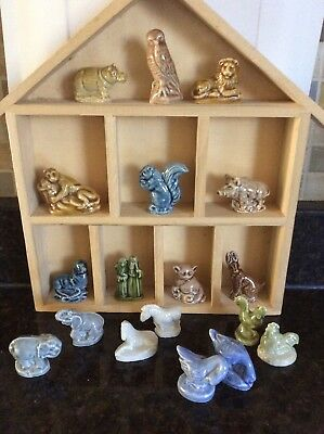 Wade Figurines Red Rose Collectibles Lot 18 pieces