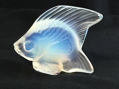 Lalique Crystal Fish Sculpture Figurine Opalescent Clear Fire In The Belly