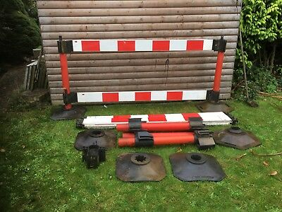 Road Work Barriers Traffic Management Pedestrian Plastic Safety Barriers