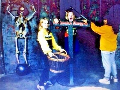 4 x LONDON DUNGEON TICKETS ~ PICK YOUR OWN DATE&TIME >  31/10 + LONDON EYE OFFER