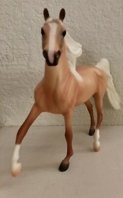 Classic Breyer Horse Palomino Morgan Stallion