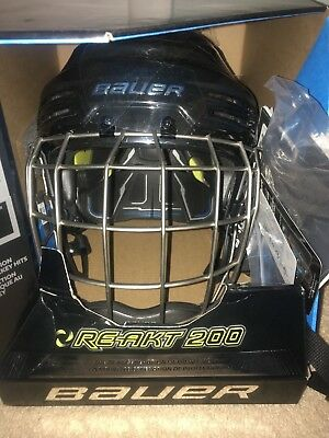 1a81191d8f2 NEW IN BOX Bauer Senior RE-AKT 200 Ice Hockey Helmet Combo Black size small