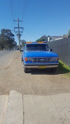 Tow Truck Ford F350 1981