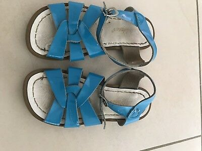 Saltwater sandals Girl Size 12