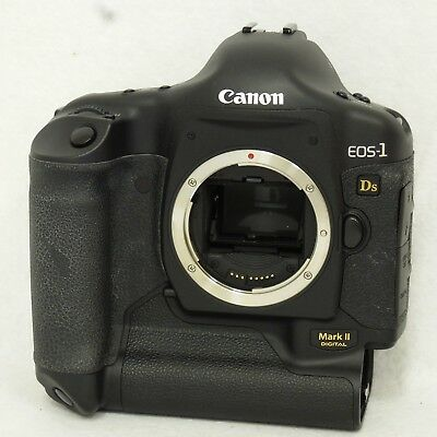 Canon EOS 1Ds Mark II 16.7MP Digital SLR Camera Body Only Black 9443A002