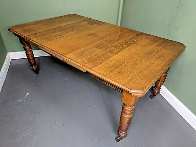 An Antique Victorian Solid Golden Oak Extending Dining Table ~Delivery Available
