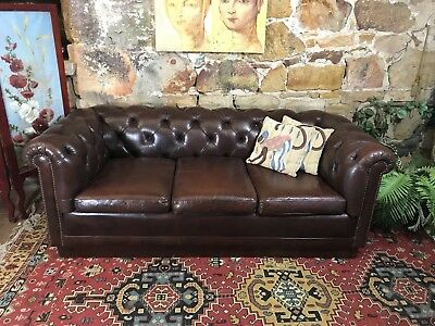 Vintage Chesterfield Howe Leather 2+ or 3 Seater Lounge Chair~Sofa