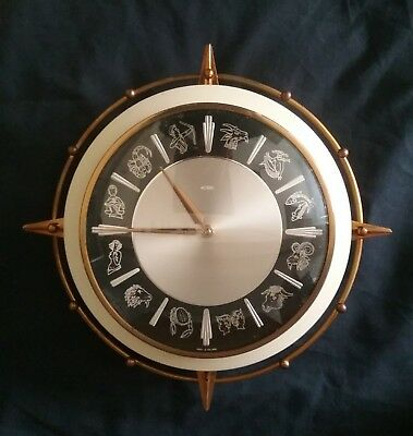VINTAGE/RETRO METAMEC ZODIAC STAR SIGN ELECTRIC WALL CLOCK, CIRCA 1960's.