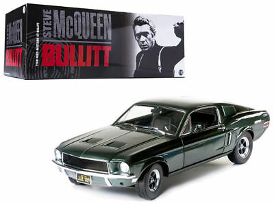 1968 Ford Mustang GT Fastback Bullitt McQueen CHROME 1:64 GreenLight 51226