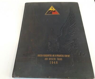 WW2 1948 Division Headquarters and Division Trails Yearbook World War II History