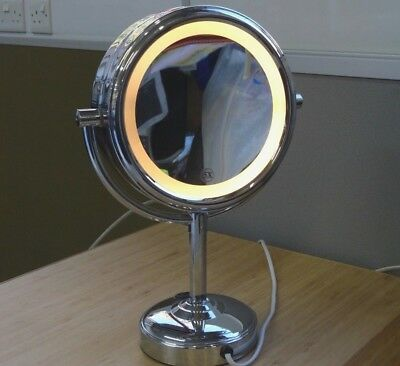 No. 7 Vanity Electric Make Up Mirror Dressing Table Dual Sided Light Magnifier