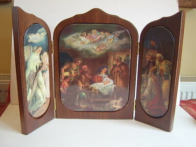 "Bradford Exchange Wood and Ceramic Triptych ""The Miracle of Christmas""."